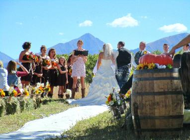 Create Your Mountain Wedding at the Historic Pines Ranch